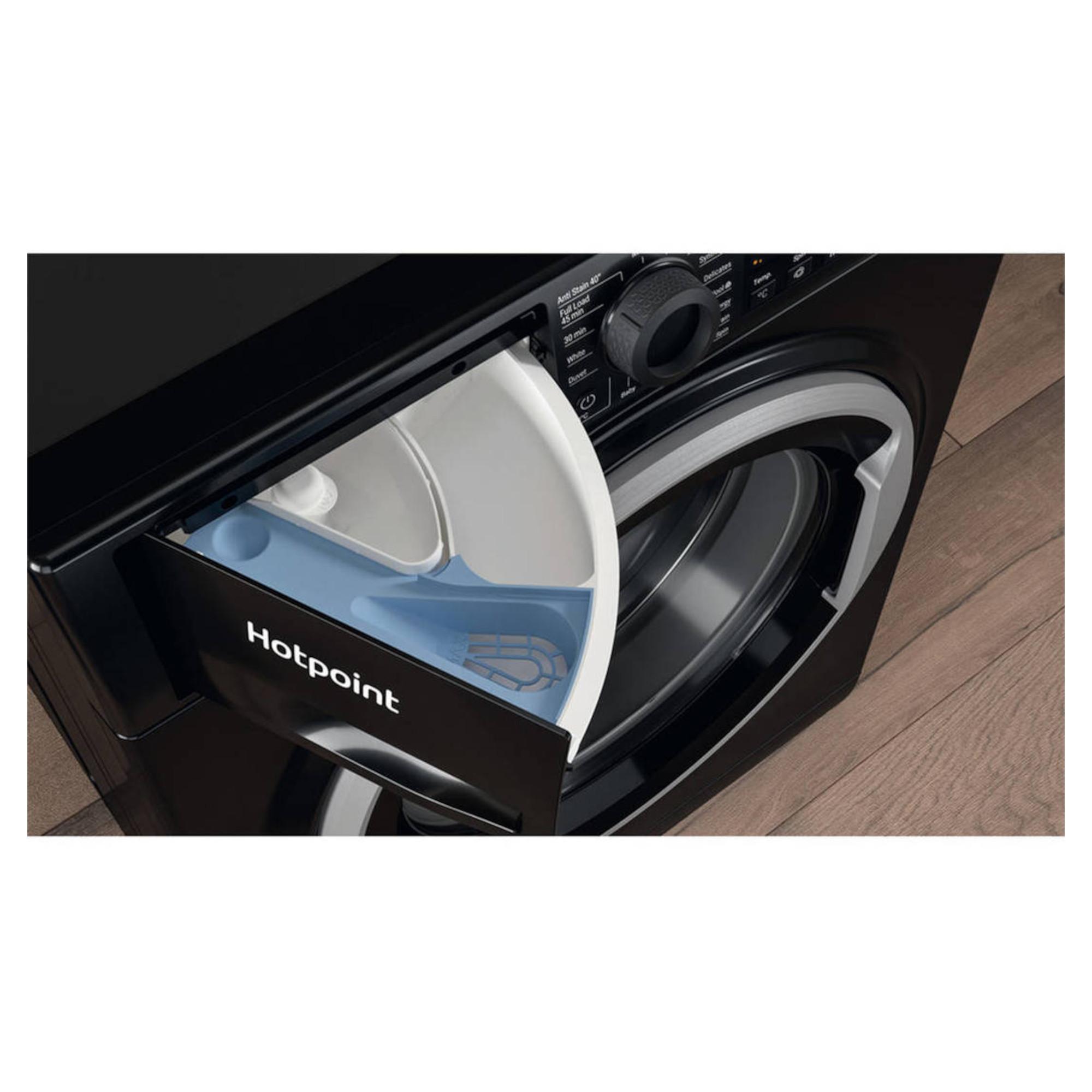 Hotpoint NSWF742UBSUKN 7kg 1400rpm Freestanding Washing Machine