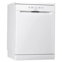Hotpoint HFE2B26CNUK AquariusPlus Freestanding Dishwasher - White